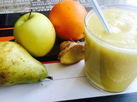 Zumo naranja pera manzana jengibre