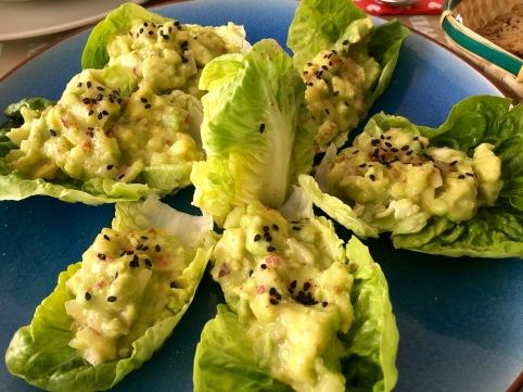 tacos-ligeros-de-guacamole