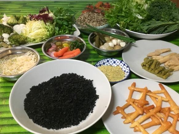 ingredientes-del-huerto-en-ensalada