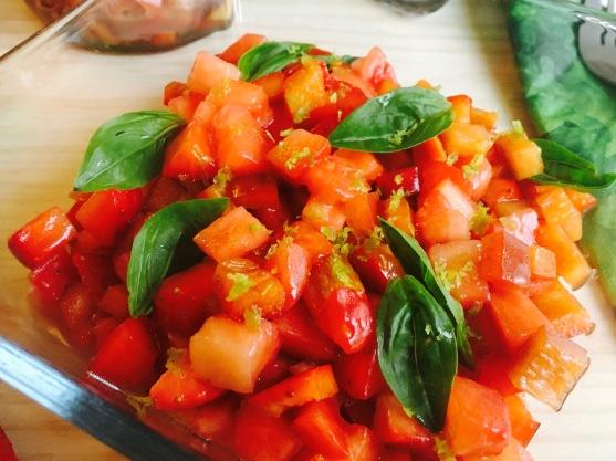 ensalada-de-fresas-y-pimientos-rojos