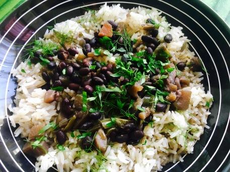 arroz con frijoles negros
