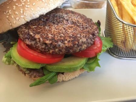 hamburguesa quinoa y alubias rojas