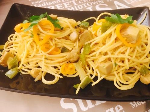 espaguetis con jack fruit