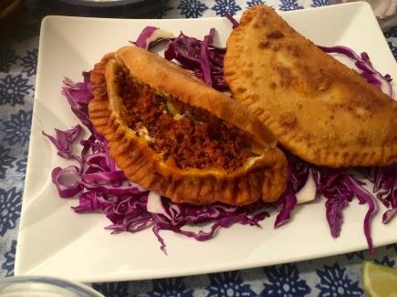 empanada mexicana de chorizo y queso