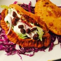 Empanadillas  mexicanas de chorizo con masa de maíz