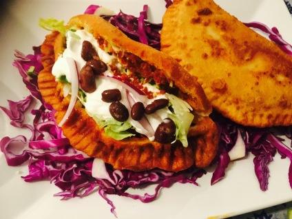 empanadas de chorizo con masa de maiz - receta mexicana