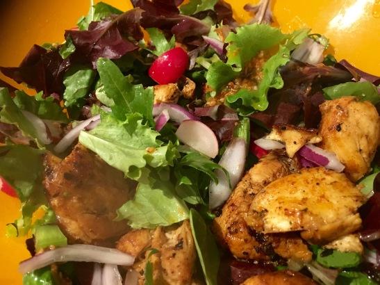 ensalada de pollo con aliño de chimichurri